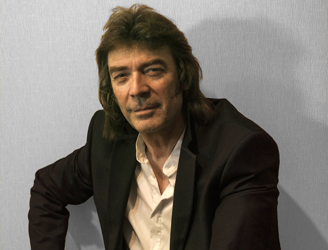 steve-hackett-press photo1